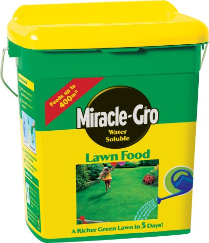 Miracle-Gro-Water-Soluble-Lawn-Food-400-sq-m-2-kg-Tub-0